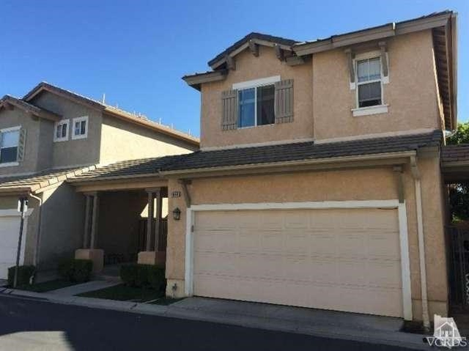 1668 Woodscent Ln, Simi Valley, CA 93065